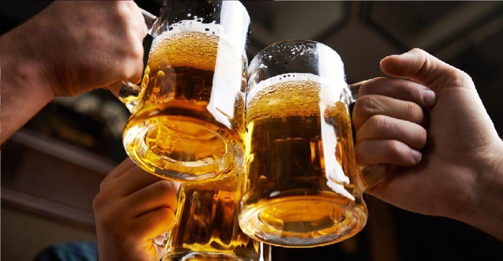 आरोग्यासाठी दुधापेक्षा जास्त फायदेशीर आहे बिअर; PETA ने केला दावा, जाणून घ्या कारणे