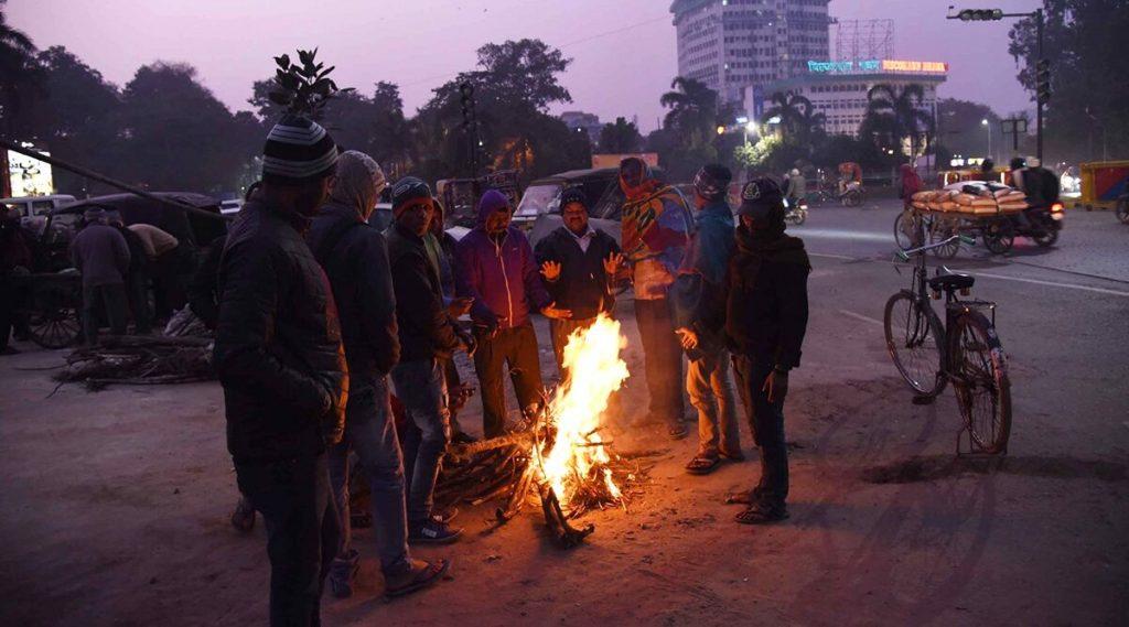 दिल्लीत गेल्या 118 वर्षातील थंडीचा रेकॉर्डब्रेक, तापमानाचा पारा 2.4 डिग्रीवर पोहचला