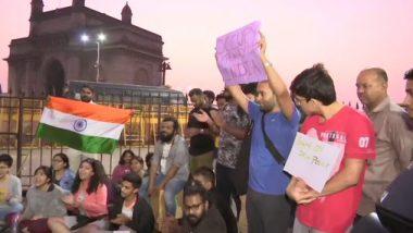 JNU हिंसाचाराच्या विरुद्ध मुंबई व पुणे येथे मध्यरात्री पासून विद्यार्थ्यांचे आंदोलन; आज सुद्धा होणार निदर्शने