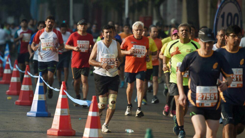 Mumbai Marathon 2020: आंतरराष्ट्रीय धावपटूंचा समावेश असलेल्या मुंबई मॅरेथॉनला सुरुवात; 55 हजार धावपटूंचा समावेश