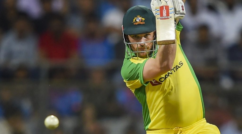 Video: टीम इंडियाविरुद्ध स्टीव्ह स्मिथ याने कर्णधार आरोन फिंच ला केले रनआऊट, संतप्त ऑस्ट्रेलियाई कर्णधाराने वापरलेअपशब्द