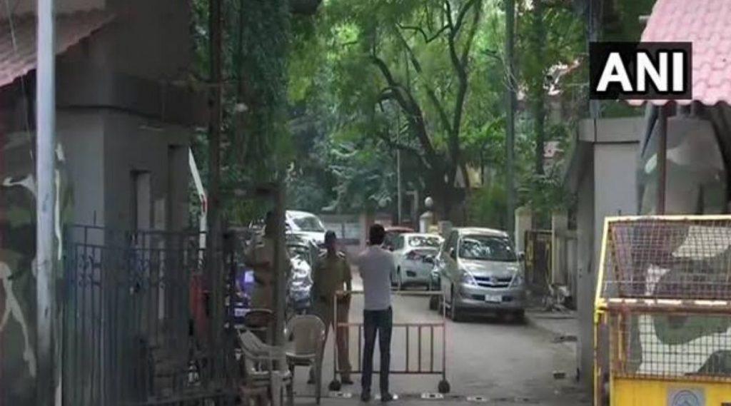 मुख्यमंत्री उद्धव ठाकरे यांचे निवासस्थान मतोश्री जवळील परिसर सील करण्यात आलेले वृत्त चुकीचे; मुंबई महानगरपालिकेचे जनसंपर्क अधिकाऱ्यांची माहिती