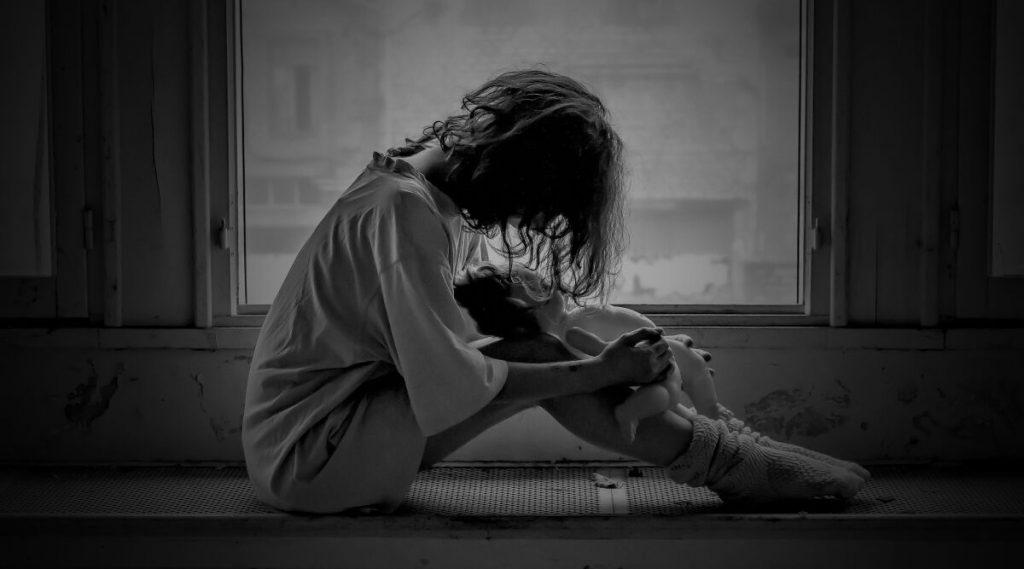धक्कादायक! नवी मुंबईमधील क्वारंटाईन सेंटरमध्ये 40 वर्षीय कोरोना पॉझिटिव्ह महिलेवर बलात्कार
