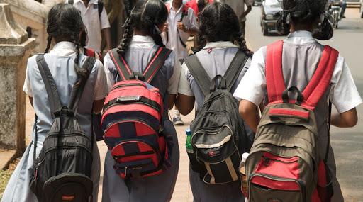 Unlock 4 Guidelines: देशात 30 सप्टेंबर पर्यंत शाळा कॉलेज राहणार बंंद, 9 वी ते 12 वी च्या विद्यार्थ्यांना मिळणार 'ही' सुट