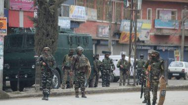 प्रजासत्ताक दिनाच्या पार्श्वभूमीवर जम्मू काश्मीरमध्ये इंटरनेटनंतर मोबाईल सेवा बंद
