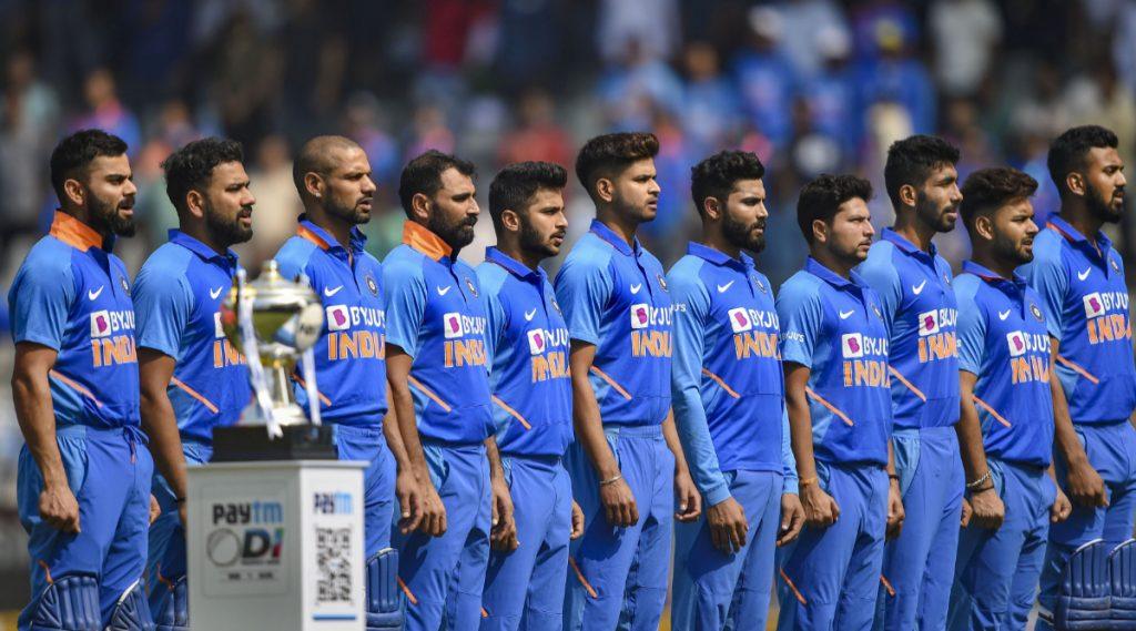 BCCI ने जाहीर केली खेळाडूंची वार्षिक कॉन्ट्रॅक्ट यादी; विराट कोहली-जसप्रीत बुमराह ला दरवर्षी मिळणार 7 कोटी, एमएसधोनी चे नाव गायब