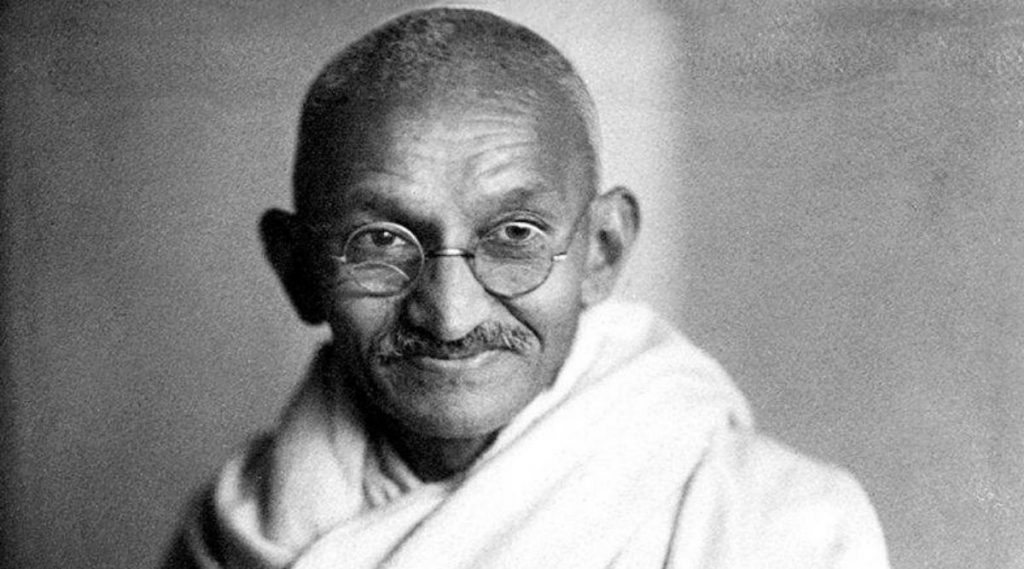 Gandhi Jayanti 2020: गांधी जयंती का साजरी केली जाते? जाणून घ्या बापूंच्या आयुष्याबद्दलच्या काही खास गोष्टी