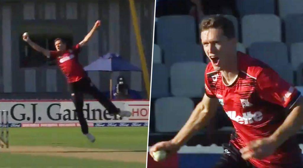 Video: विलविल्यम्स यानेवेलिंग्टनविरुद्धसुपर स्मॅश सामन्यात हॅटट्रिकसोबत9 चेंडूतघेतल्या 5 विकेट