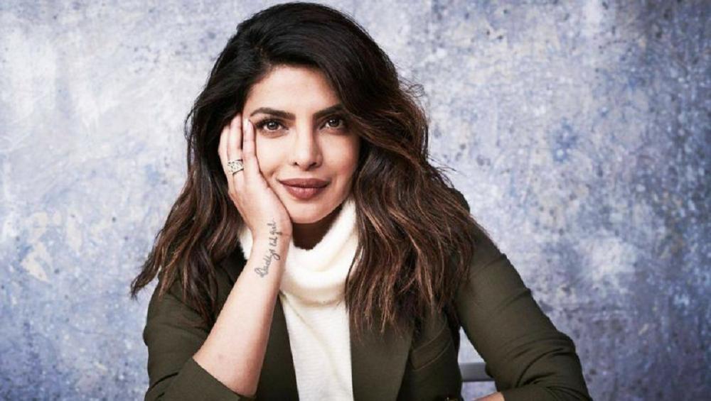 Priyanka Chopra ने साइन केला Hollywood चा मोठा चित्रपट, सोशल मिडियाद्वारे चाहत्यांना दिली ही आनंदाची बातमी