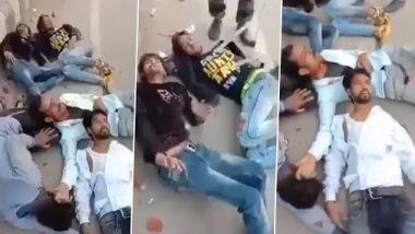 CAA Protest: दिल्ली पोलिसांनी जखमी आंदोलकांना मारहाण करत गायला लावलं राष्ट्रगीत (Watch Video)