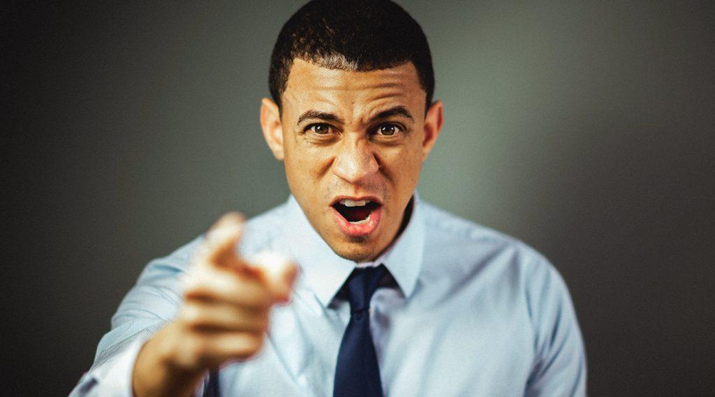 Health Tips: शीघ्र कोपी लोकांनी रागावर नियंत्रण मिळवण्यासाठी नक्की ट्राय करा या '5' गोष्टी