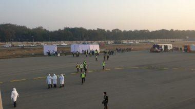 Coronavirus: चीन मध्ये अडकलेल्या भारतीयांना घेऊन एअर इंडियाचे विशेष विमान दिल्लीत दाखल