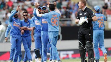 IND vs NZ 2nd ODI: भारताची आक्रामकगोलंदाजी; मार्टिन गप्टिल, रॉस टेलर यांच्या अर्धशतकानेटीम इंडियासमोर274 धावांचेलक्ष्य