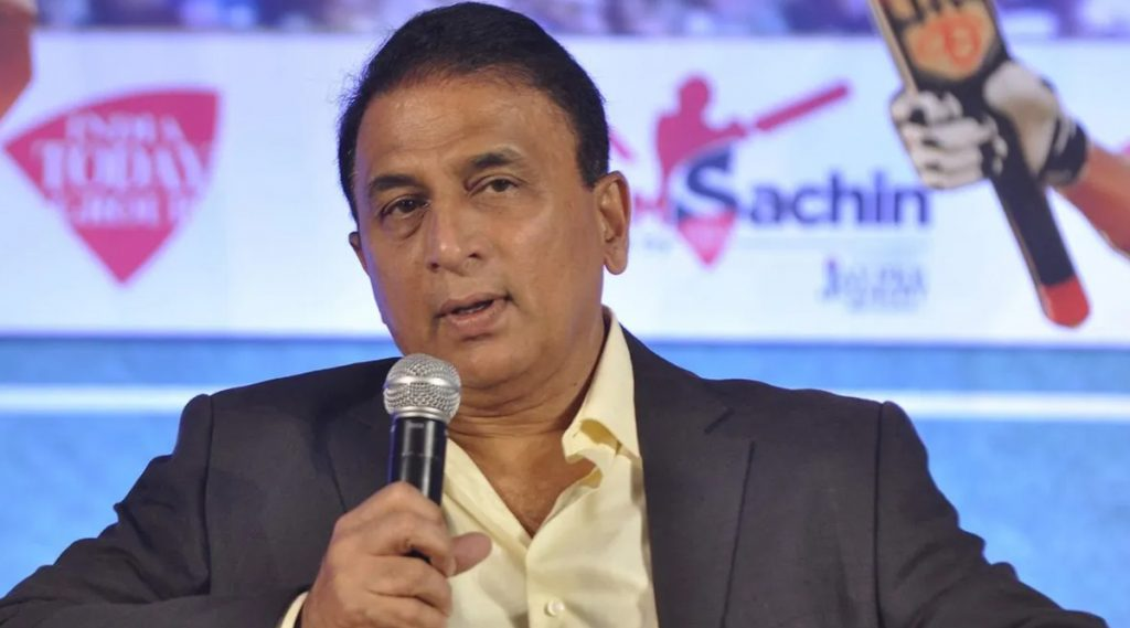 IPL 2020: KXIP vs RCB सामन्यात विराट कोहली आणि अनुष्का शर्मा वर सुनील गावस्कर यांनी केलेल्या टिप्पणीवरुन नेटकरी भडकले (See Posts)