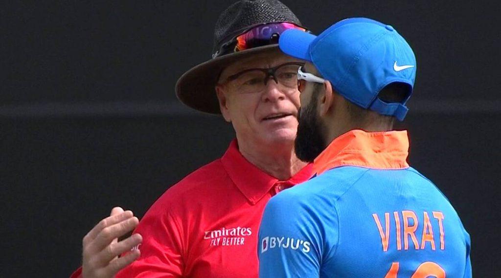 IND vs NZ 2nd ODI: हेन्री निकोल्स ला Time-Out झाल्यावरही रिव्यू दिल्याने संतप्त विराट कोहली याने मैदानावर घातला अंपायरशी वाद