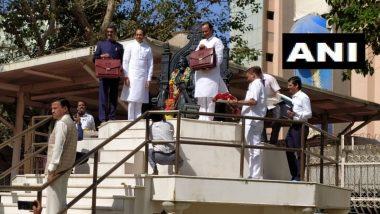 Maharashtra Budget 2020-21: ठाकरे सरकारच्या पहिल्या अर्थसंकल्पात दिसली मराठीची छाप, वाचा नागरिकांना काय मिळाले
