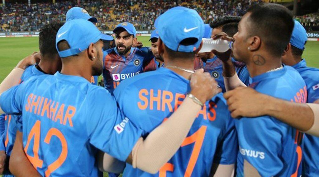 दक्षिण आफ्रिकेविरुद्ध तीन सामन्यांच्या वनडे मालिकेसाठी भारतीय संघाची घोषणा; हार्दिक पंड्या, भुवनेश्वर कुमार, शिखर धवन यांना संधी