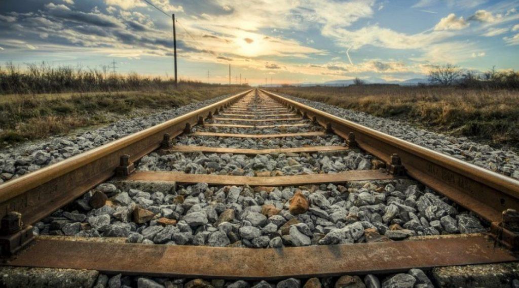 मुंबई: CSMT ते ठाणे सुरु झाली पहिली ट्रेन; जाणून घ्या इतिहास