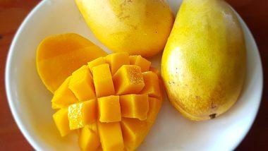 आंबा खाताना 'या' गोष्टींच्या घ्या काळजी अन्यथा शरीरावर होतील दुष्परिणाम