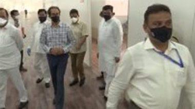 महाराष्ट्र मुख्यमंत्री उद्धव ठाकरे यांची वांद्रे कुर्ला संकुलनातील एमएमआरडी येथे उभारण्यात येणाऱ्या कोविड19 च्या रुग्णालयाला भेट