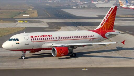 Hong Kong कडून एअर इंडिया, विस्तारा फ्लाइट्सच्या उड्डाणावर येत्या 30 ऑक्टोंबर पर्यंत बंदी, प्रवासी COVID19 पॉझिटिव्ह आल्याने घेतला निर्णय
