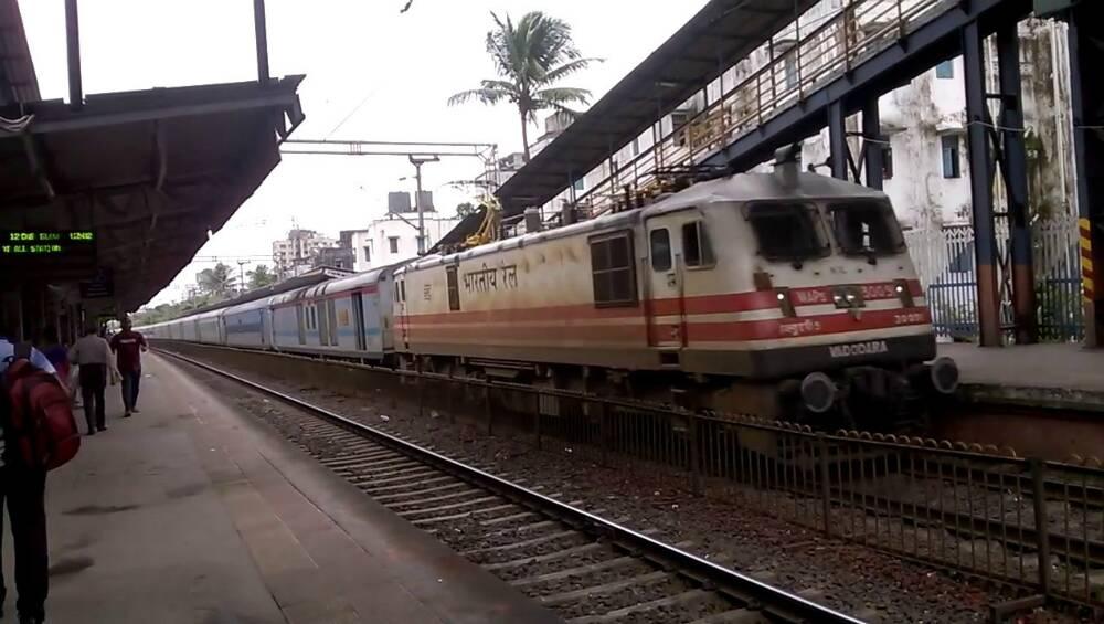 Lockdown: दिल्लीत अडकलेल्या महाराष्ट्रातील विद्यार्थ्यांचे भुसावळ मध्ये विशेष रेल्वेने आगमन