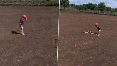 बेळगाव: खेळण्याच्या नादात मुलाने पकडला साप; धक्कादायक घटना कॅमेऱ्यात कैद (Watch Viral Video)