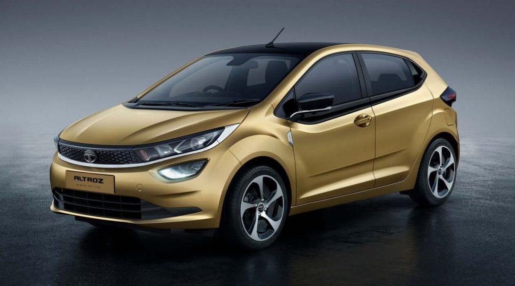 Tata कंपनीच्या Altroz कारवर धमाकेदार सूट, ग्राहकांना फक्त 5,555 रुपयात गाडी घरी घेऊन जाता येणार