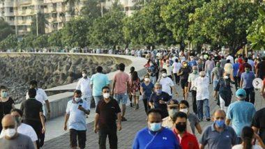 #Unlock1 In Maharashtra: मुंबईत दोन महिन्यानंतर जुहू बीचसह मरिन ड्राईव्ह येथे दिसली नागरिकांची पुन्हा वर्दळ, पहा फोटो