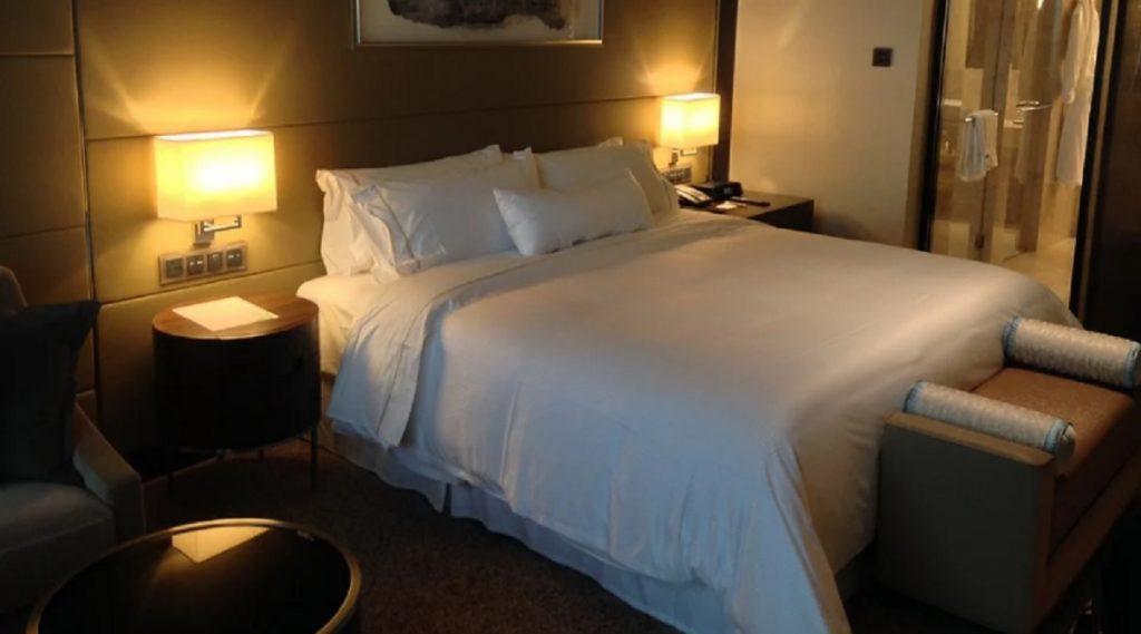 Maharashtra Hotels, Resorts, Home Stays Guidelines: महाराष्ट्रामध्ये कंटेनमेंट झोन वगळता इतर भागातील हॉटेल्स, रिसॉर्टस्, होम-स्टेबाबत मार्गदर्शक सूचना जारी; पहा यादी