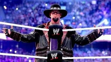 The Undertaker Retires: एका युगाचा शेवट, WWE सुपरस्टार अंडरटेकर 30 वर्षाच्या वर्चस्वानंतर रींगमधून निवृत्त; #ThankYouTaker म्हणत चाहते भावुक
