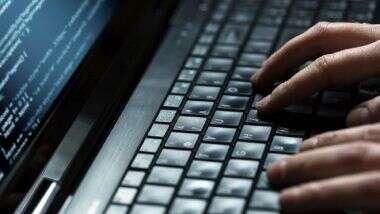 US चे माजी अध्यक्ष बराक ओबामा, बिल गेट्स यांच्यासह अन्य नामांकित व्यक्तींचे Twitter अकाउंट हॅक झाल्यानंतर महाराष्ट्र सायबरकडून Advisory जाहीर