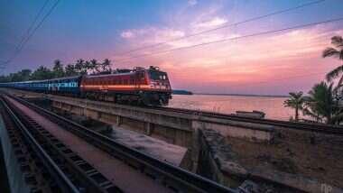 चीनच्या कंपनीला दिलेले 471 कोटींचे कॉन्ट्रॅक्ट भारतीय रेल्वे कडून रद्द; समोर आले 'हे' कारण
