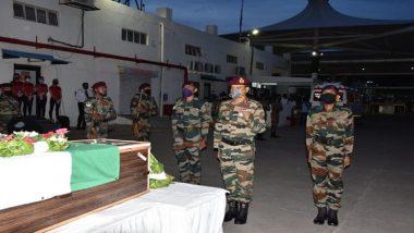 भारत-चीन सीमेवर गलवान खोऱ्यात कर्तव्य बजावताना वीरमरण आलेल्या सचिन मोरे यांना भारतीय सैन्याने वाहिली श्रद्धांजली