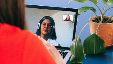 Friendship Day च्या शुभेच्छा देण्यासाठी आपल्या मित्रांसोबत Video Calling दरम्यान 'या' भन्नाट गोष्टी करुन द्या Surprise!