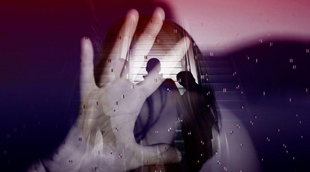 पुणे: लॉकडाऊनच्या काळात लॉजमध्ये राहण्यासाठी कंपनीचे पैसे वापरल्याने तरूणाला किडनॅप करून अमानुष मारहाण; जननेंद्रियात टाकले सॅनिटायझर