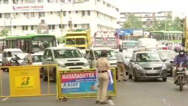 Pune Traffic Updates: शिवाजीनगर परिसरामध्ये वाहतूक कोंडी; पुणे लॉकडाऊन दरम्यान वाहनांची कसून तपासणी