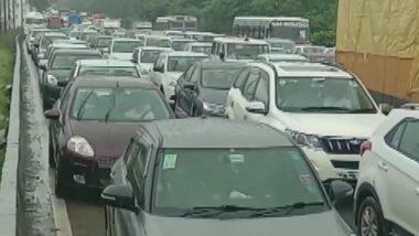 Mumbai Traffic Update: मुसळधार पावसानंतर मुंबईच्या दिशेने येणार्या मार्गावर वाशी परिसरात वाहतूक कोंडी