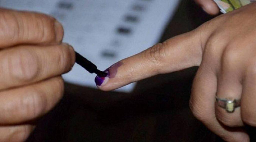 Postal Ballot: जेष्ठ नागरिकांना टपाली मतदान सेवा  देण्याचा निवडणूक आयोगाचा निर्णय मागे