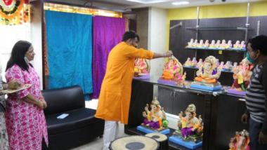 Ganeshotsav 2020: दिल्ली येथील 'मऱ्हाटी' महाराष्ट्र एम्पोरियमच्या दालनात गणेशमुर्तीचे प्रदर्शन व विक्रीला सुरुवात; महाराष्ट्र लघु उद्योग विकास महामंडळाचा उपक्रम
