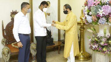 Shankarrao Gadakh  Joined Shiv Sena:  मुख्यमंत्री उद्धव ठाकरे यांच्या हस्ते शिवबंधन बांधून राज्याचे जलसंधारण मंत्री शंकरराव गडाख यांचा शिवसेना पक्षात जाहीर प्रवेश