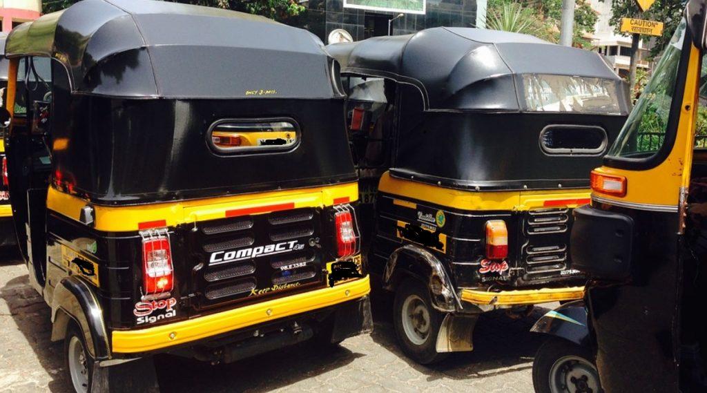 Honest Auto Rickshaw Driver: तब्बल 11 तोळे सोने, 20 हजार रुपयांची रोख रक्कम केली परत, पुणे येथील रिक्षाचालक विठ्ठल मापारे यांचा प्रामाणिकपणा