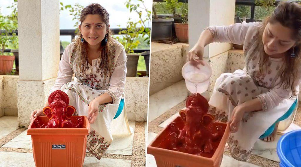 Sonalee Kulkarni हिने आपल्या कुटूंबासह अगदी साधेपणाने घरच्या घरी केले आपल्या लाडक्या गणपती बाप्पाचे विसर्जन; Watch Video
