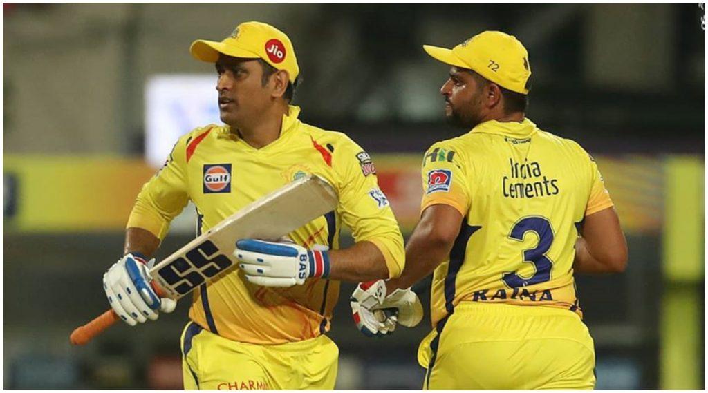 CSK vs DC, IPL 2020: एमएस धोनीने मैदानावर उतरताचकेली सुरेश रैनाच्या 'या' खास विक्रमाची बरोबरी