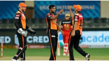 SRH vs RCB, IPL 2020: देवदत्त पड्डीकल, एबी डिव्हिलियर्सचातडाखा!रॉयल चॅलेंजर्सचे हैदराबादला 164 धावांचे आव्हान