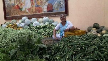 Sudha Murthy Selling Vegetables: अहंकाराला दूर ठेवण्यासाठी सुधा मूर्ती वर्षातून एकदा विकतात भाजीपाला; फोटो पाहून युजर्संनी केलं कौतुक