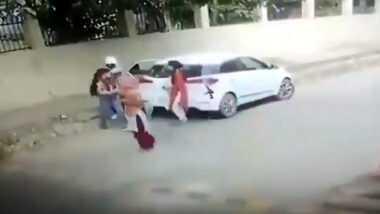 धक्कादायक! हरियाणाच्या Faridabad जिल्ह्यात महाविद्यालयाबाहेर 21 वर्षीय तरुणीची गोळ्या घालून हत्या