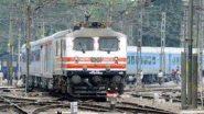 इंदौर-दौंड एसपीएल ट्रेनच्या मागील 2 डब्यांच्या ट्रॉली लोणावळा येथील प्लॅटफॉर्मवर प्रवेश करताना घसरल्या