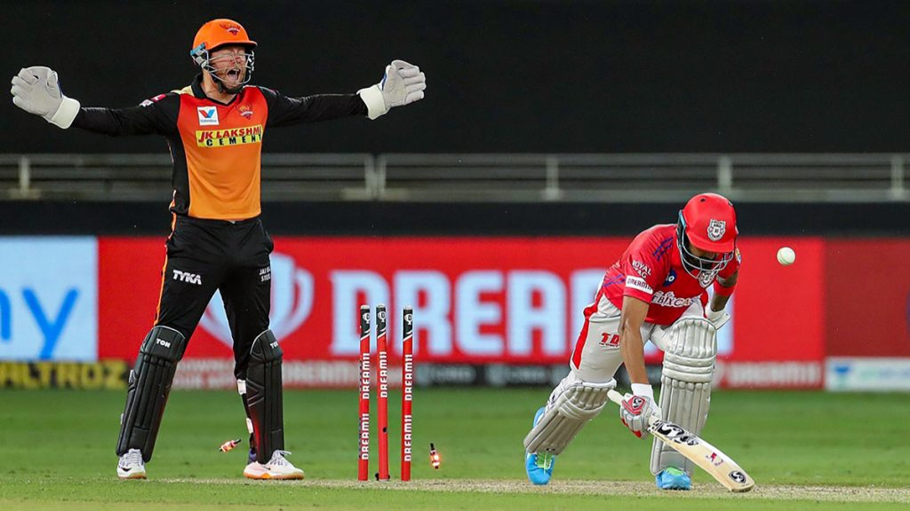 KXIP vs SRH, IPL 2020: सनरायझर्सच्या अचूक गोलंदाजीपुढे किंग्स इलेव्हन पंजाबच्या फलंदाजांची शरणागती, KXIP चे हैदराबादला विजयासाठी 127 धावांचे लक्ष्य