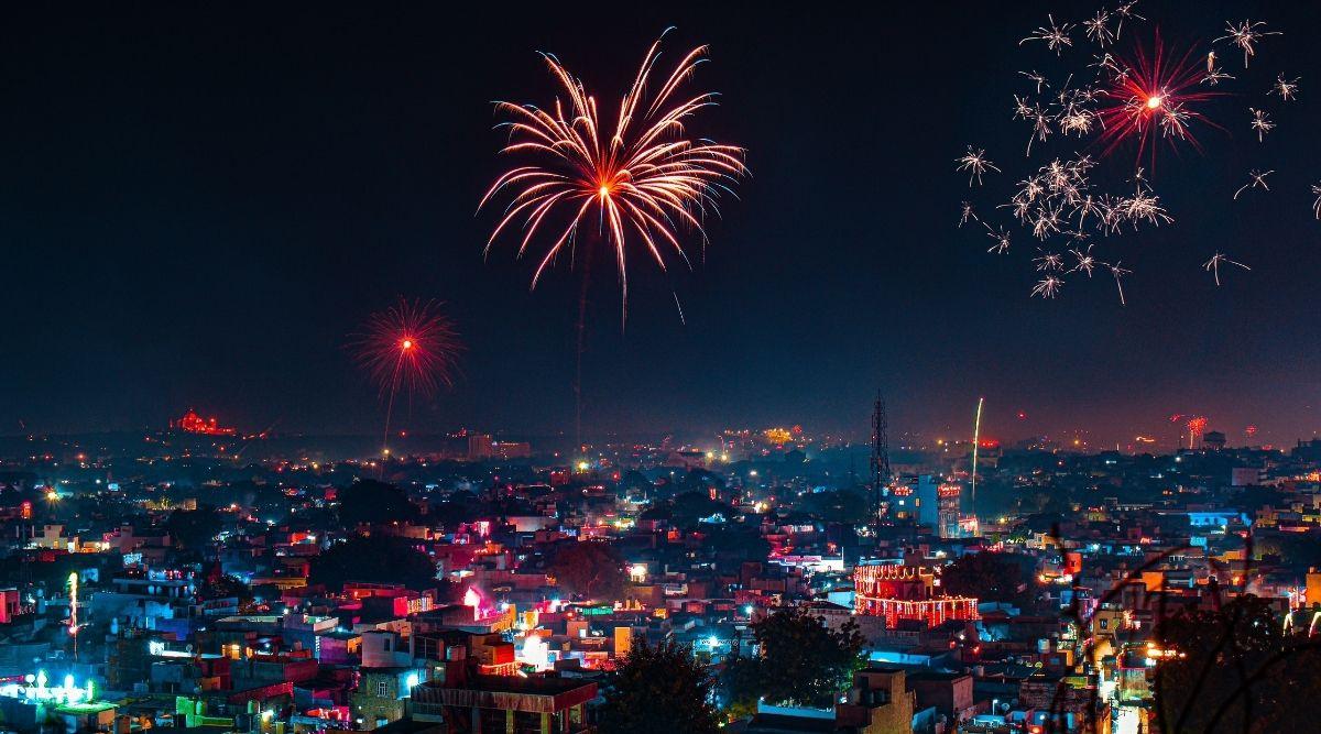 Diwali 2020 Dates: यंदा दिवाळी कधी आहे? वसूबारस, लक्ष्मीपुजन ते भाऊबीज 6 दिवसांच्या दीपोत्सवात कोणता सण कधी?